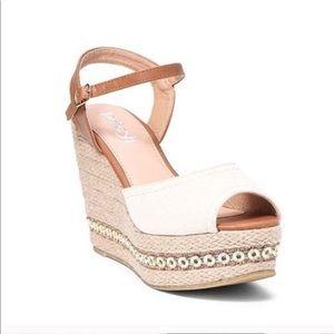 Shoes - NWT! Peep Toe Espadrille Wedges 👡